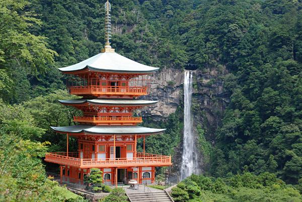 Nachi thác lớn nhất Nhật Bản tại Wakayama